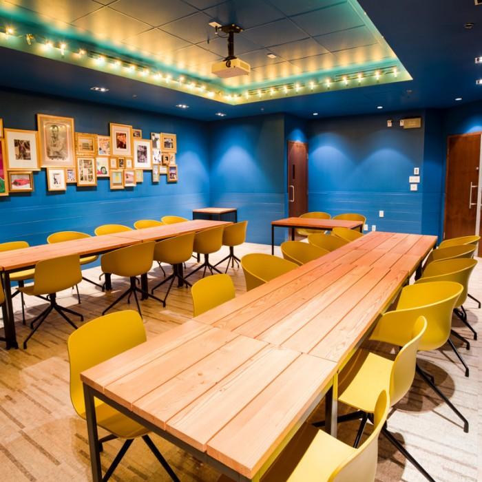 Location Salon Bleu 2